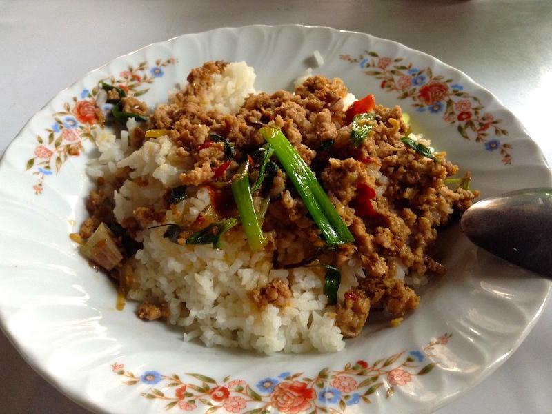 タイで食べたガパオライス