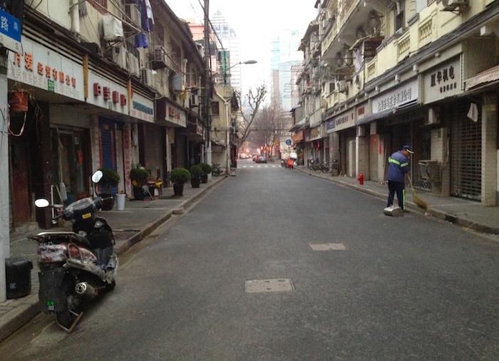 上海の早朝風景