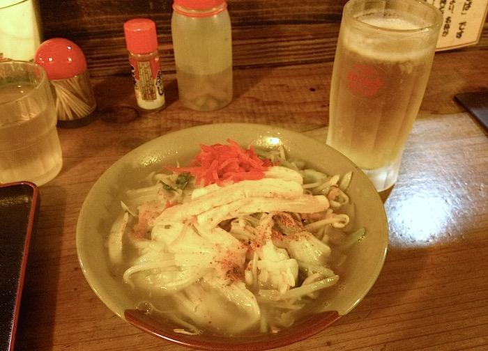 沖縄の野菜そば