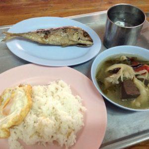 タイの食堂で食べたご飯
