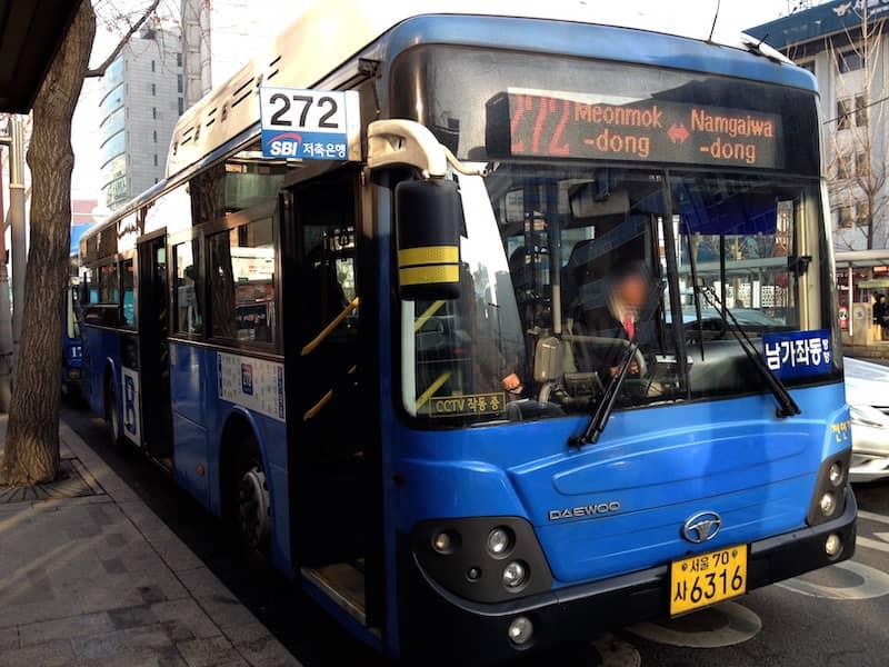 韓国のバス
